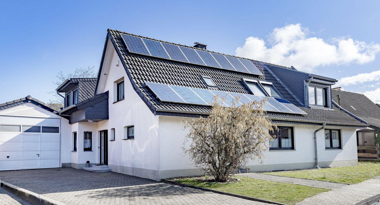 Ansicht-Front-Boscheln-Übach-Koch-Immobilien-Immobilienmakler