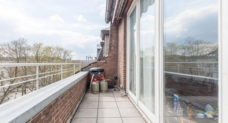 Balkon-Wohnung-Aachen-Frankenberger-Oppenhoffallee-Immobilienmakler-Koch