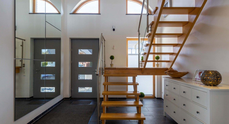 Designer-Haus mit Einliegerwohnung in Baesweiler-Setterich zu verkaufen   Koch Immobilien - Ihr Immobilienmakler