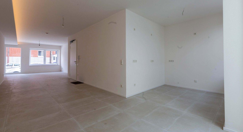 Wohnzimmer und Küchennische Loftwohnung in Aachen zu vermieten | Koch Immobilien - Ihr Immobilienmakler in Aachen
