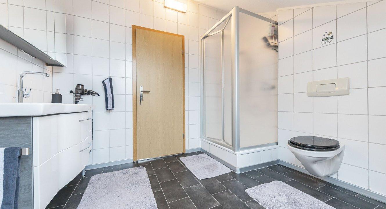 Haus-Badezimmer
