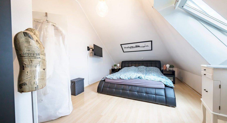 Schlafzimmer-1110x623